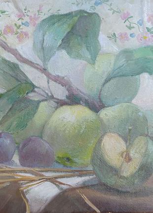 Натюрморт яблучка сливы живопись