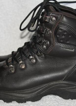 Ботинки кожаные karrimor waterproof 35.5р