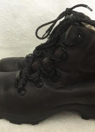 Ботинки кожаные brasher gore tex португалия 38р