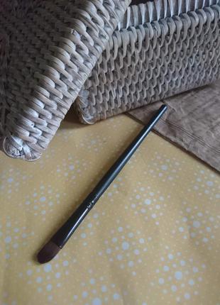 Кисточка для нанесения теней 13 см