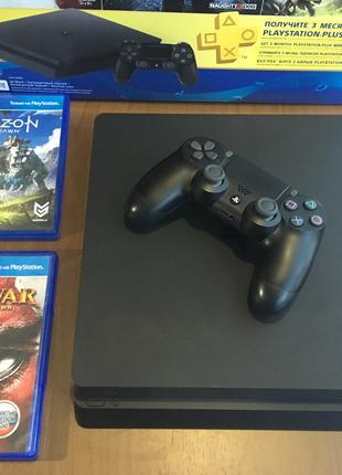 PlayStation 4 Slim (PS4) + 8 игр в подарок