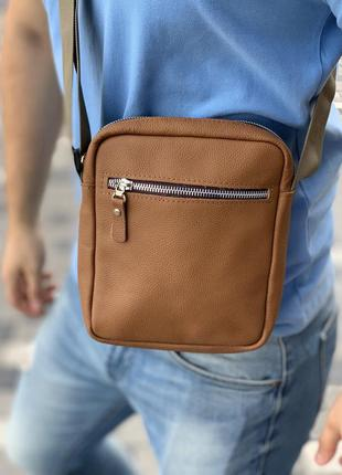 Рыжая сумка через плечо из эко-кожи