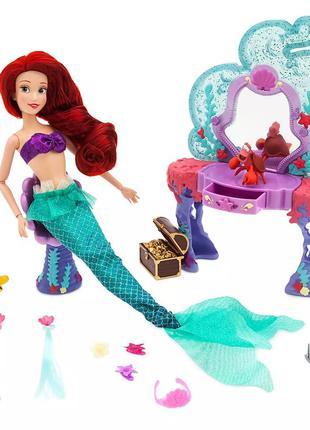 Кукла русалочка Ариэль и туалетный столик.