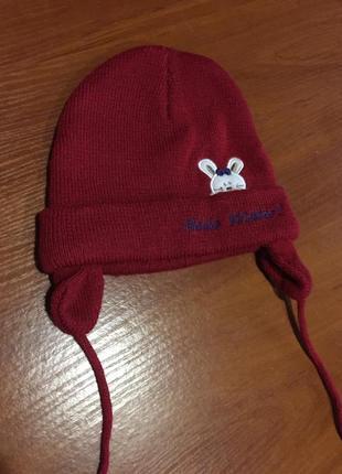 Двойная,теплая , бордовая шапочка ,на 2-4 года