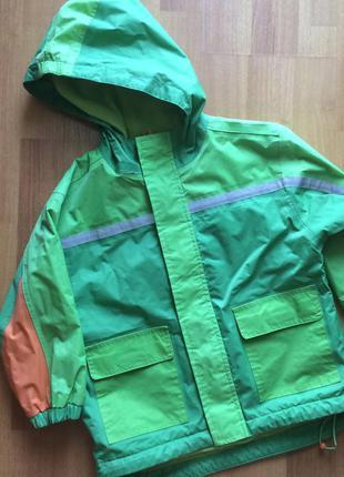Яркая демисезонная куртка утепленный дождевик pulcino