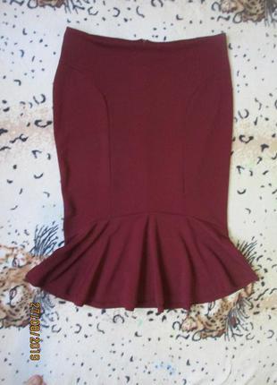 Стрейчевая юбка с воланом по низу