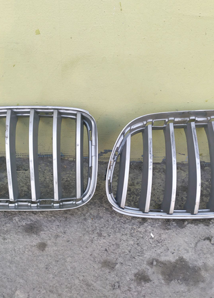 BMW X3 f25 решетки для ноздрей оригинал