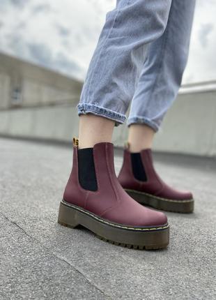 Ботинки без шнурков челси бордовые марсала на платформе кожа б...