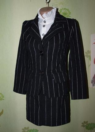 Школьный костюм в идеале девочке 146-152