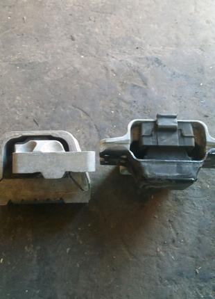 Опорные подушки двигателя фольцваген кадик