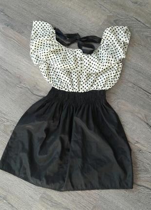 Стильное легкое платье черное с белым и в горошек