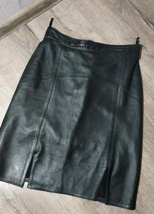 Классическая юбка карандаш из натуральной кожи
