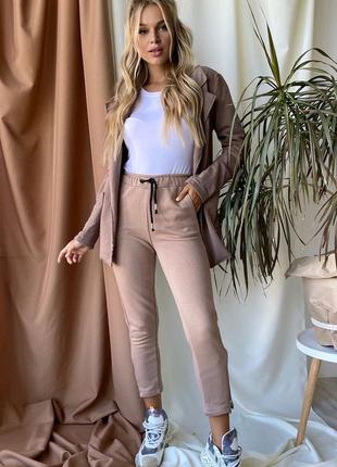 Женский костюм двойка брюки пиджак