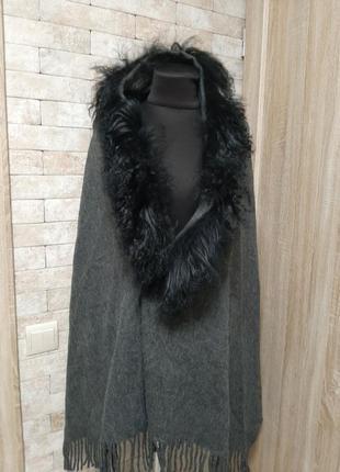 Накидка шаль шарф с мехом ламы