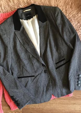 Стильный пиджак next{18р}