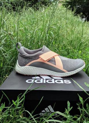 Adidas fortarun. оригинал. кроссовки на липучках.