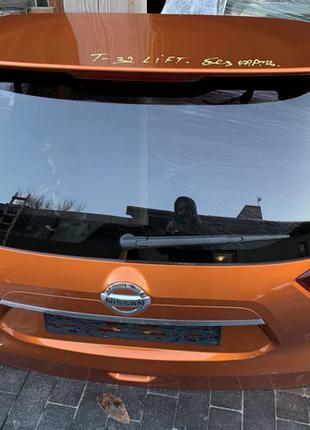 Ляда крышка дверь багажника задняя Nissan X-Trail T32 Rogue 2018