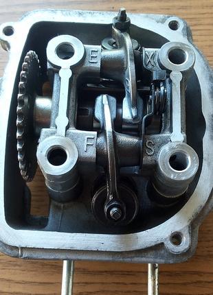 Головка цилиндра RONGFA скутер 150 кубов