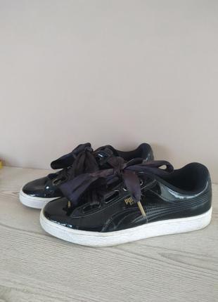 Стильные лаковые кеды кроссовки puma basket