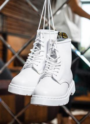 Ботинки dr. martens 1460 white без хутра черевики