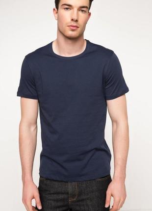 Мужская футболка defacto/дефакто темно-синего цвета - фирменна...