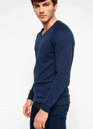 Синий мужской свитер de facto / де факто с v-образной горловиной