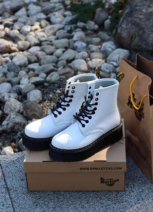 Женские кожаные ботинки на платформе dr. martens jadon white...