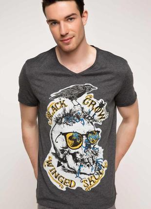 Мужская футболка de facto / де факто серого цвета с надпись на...