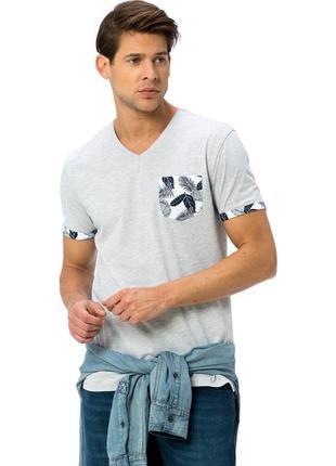 Мужская футболка серая lc waikiki с цветным карманом и манжетами