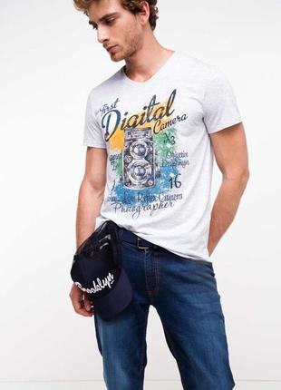 Мужская футболка de facto / де факто белого цвета с рисунком н...