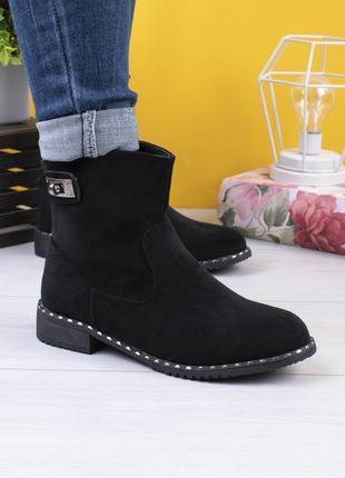 Женские ботинки челси