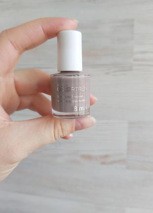 """Лак для ногтей """"модный микс"""" colortrend"""