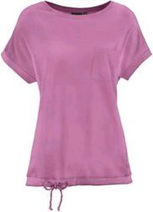 Коллекционная футболка оверсайз из натурального хлопка и вискозы
