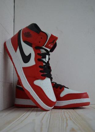 Кросівки nike air jordan retro red and white кроссовки