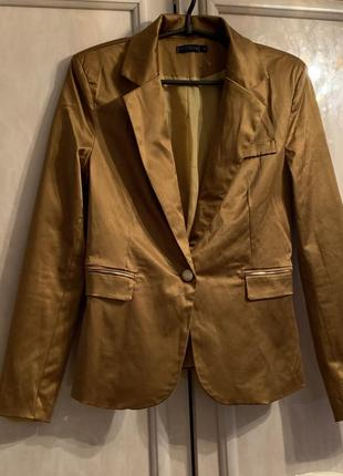 Пиджак размер м-л италия 🇮🇹 design
