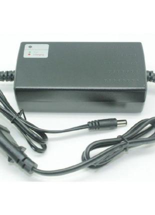 Зарядное устройство для литий ионного аккумулятора 3 ампера.