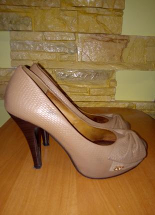Туфли женские кожаные размер 34