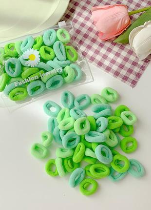 Набор резинок для волос. зеленый микс. 3 цвета. 50 штук.