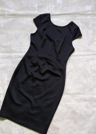 Чёрное платье р. 12.