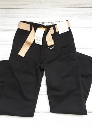Школьные брюки gymboree slim fit 134