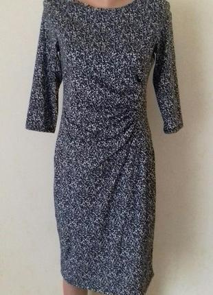 Новое элегантное платье с принтом george