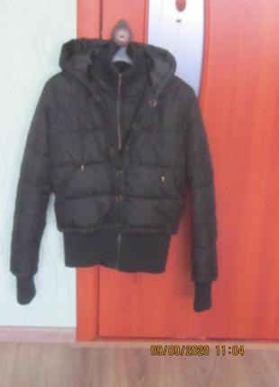 Куртка теплая с капюшоном