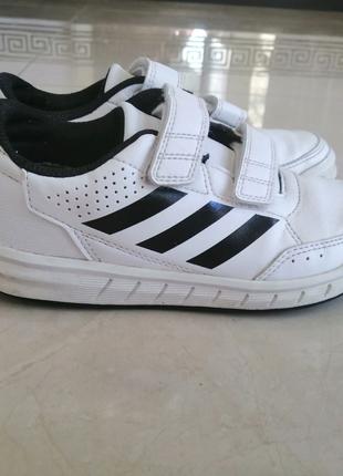 Продам кроссовки Adidas (Оригинал) кожа 31