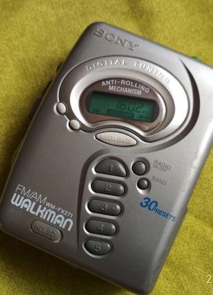 Кассетный плеер радио Sony WM-FX271