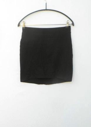 Черная облегающая трикотажная  хлопковая юбка мини