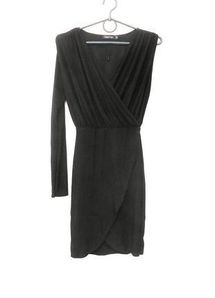 Черное вечернее нарядное трикотажное маленькое черное платье с...