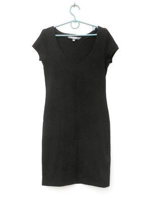 Черное летнее трикотажное облегающее платье из хлопка