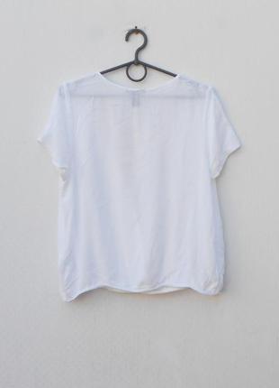 Белая летняя  блузка с коротким рукавом с открытой спиной