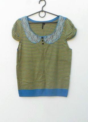 Трикотажная блузка в полоску с коротким рукавом