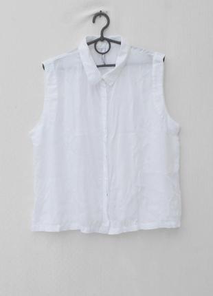 Белая легкая блузка без рукавов из вискозы с воротником